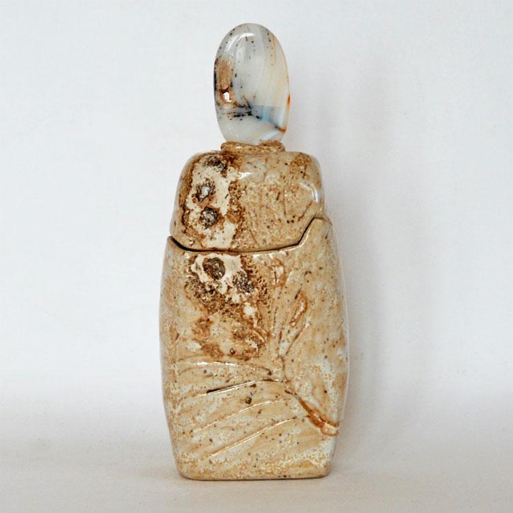 Céramique boîte sculptée fleur de pierre agate paysage