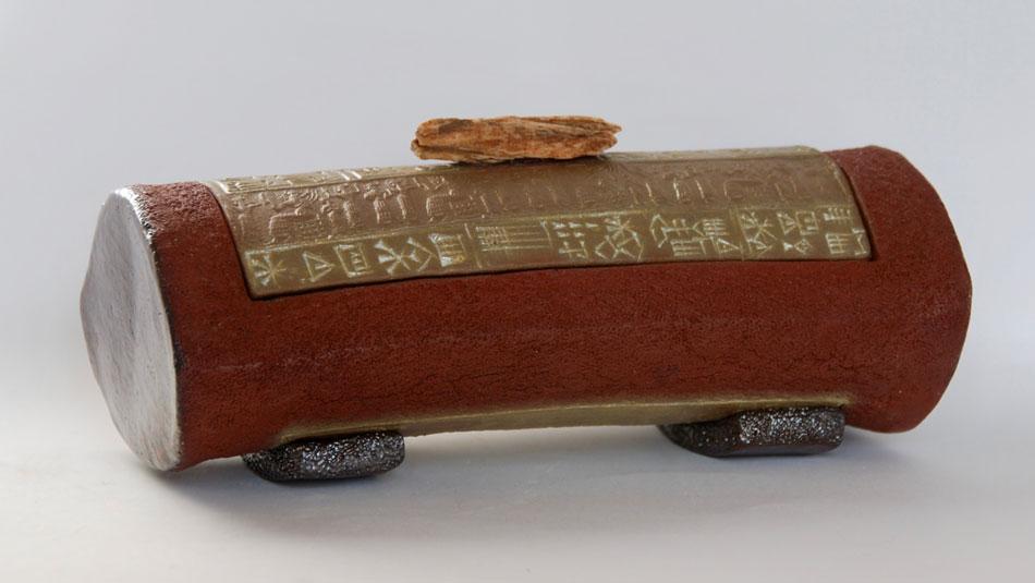 Céramiques écritures anciennes plumier sceau cylindre