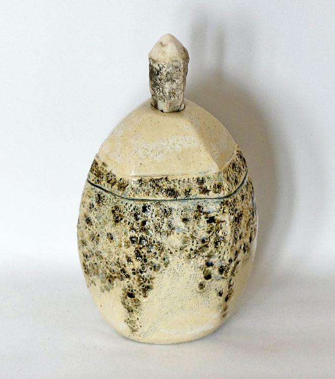 céramique boîte sculptée cristal roche