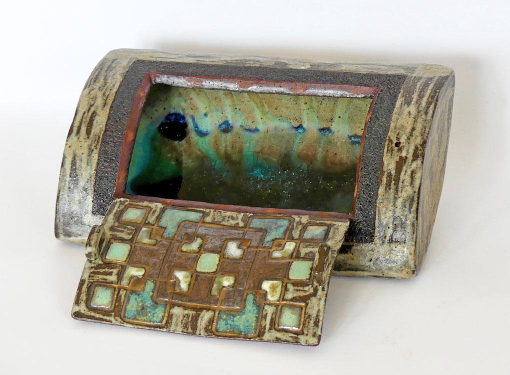 Boîte céramique volutes