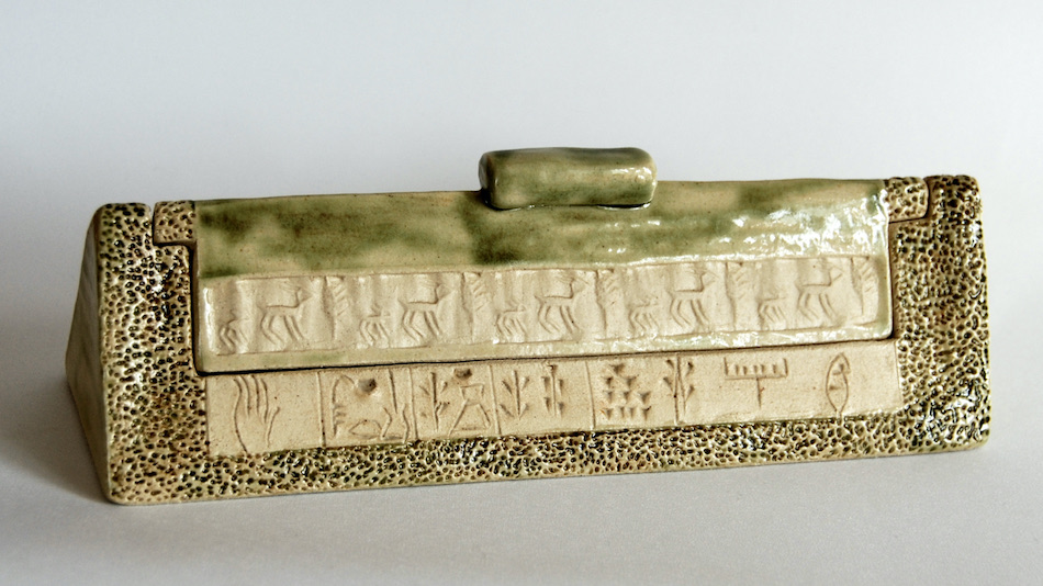 Céramique écritures anciennes plumier sceau cylindre